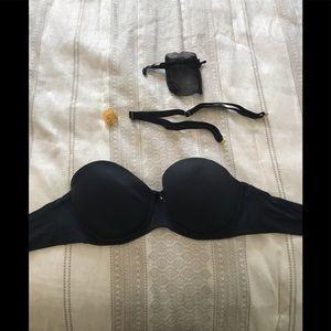 Soma  black strapless bra w/straps. 36c